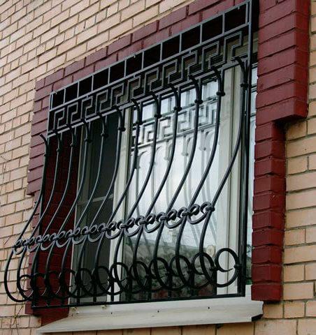 Дутая металлическая решетка
