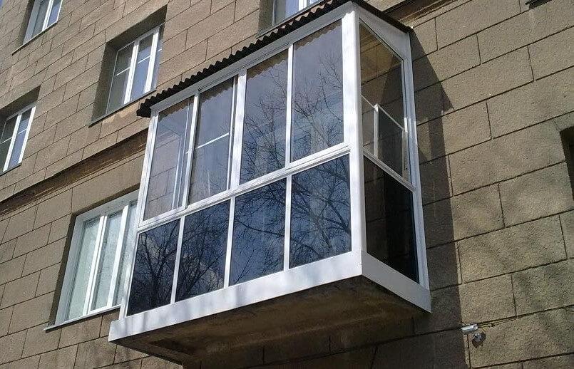 Застеклить балкон Киев недорого