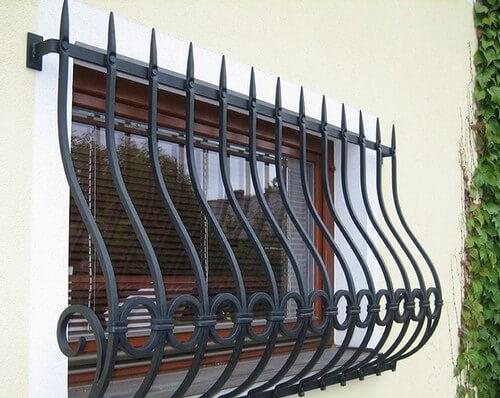 Установка решеток на окна цена