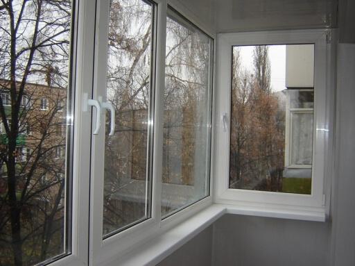 Остекление балконов в Вышгороде