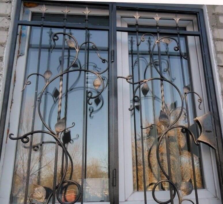 metallicheskie-reschetki-na-okna